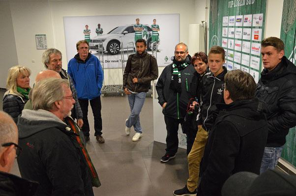 Stadionführung mit Dr. Hubert Hess-Grunewald 12.10.2016 / Bild 1