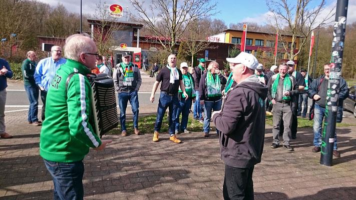 Mit dem Partybus nach Leverkusen / 10. März 2017 / Bild 4