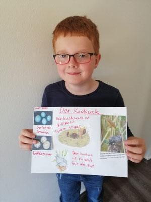 Lukas zeigt euch hier, was er alles über den Kuckuck weiß.