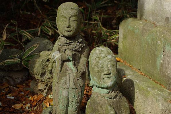 穴穂山普門寺(茂原観音)の石仏