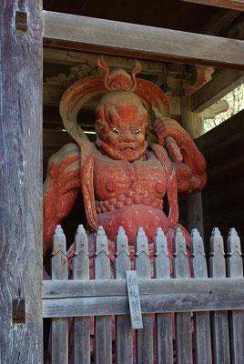 出流山満願寺の仁王像