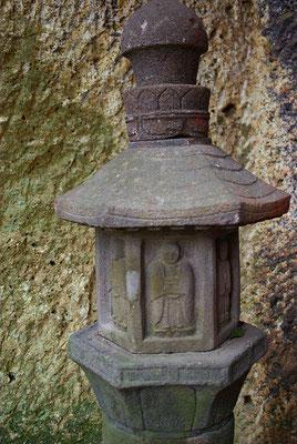 深岩山満照寺(深岩観音)の石幢