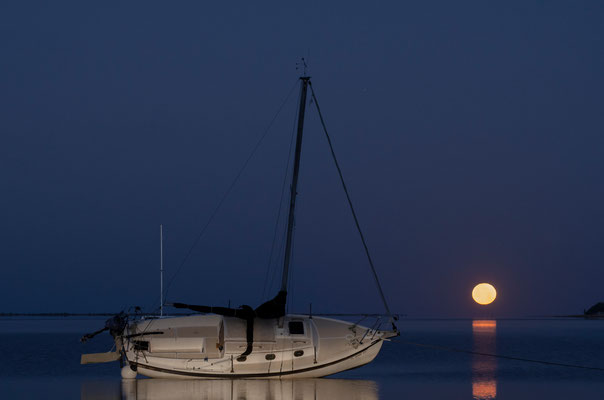 Crystal Beach Moonset