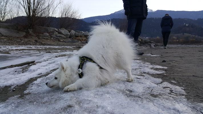 Hana wünscht sich so sehnlichst Schnee!