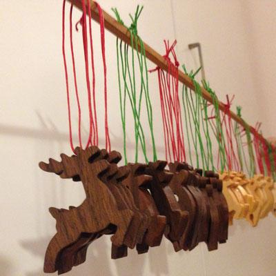 Weihnachtsschmuck aus Holz
