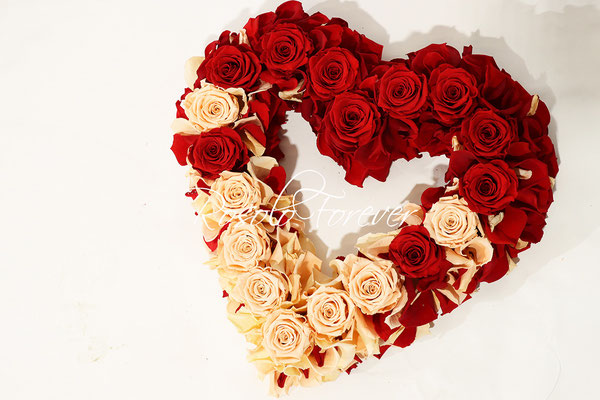 Coeur, roses, pétales, Saint-Valentin