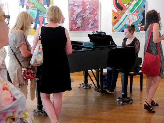 """Vernissage """"Quadrati"""" am 7. Juni 2015 im Gewölbesaal der Mohr-Villa, mit zwei weiteren Kunstausstellungen"""