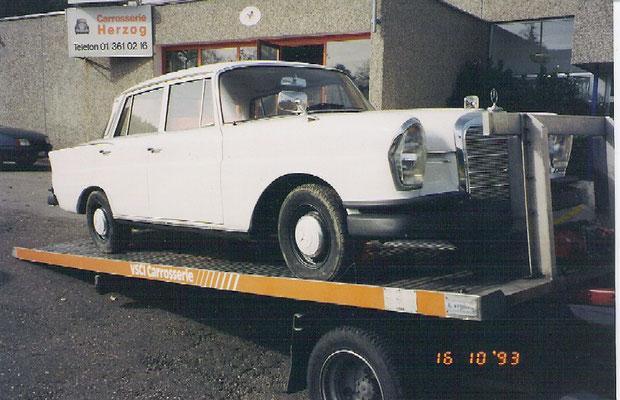 Ankauf des Objektes mit schwarzmatten Stossstangen und nicht originaler Wagenfarbe