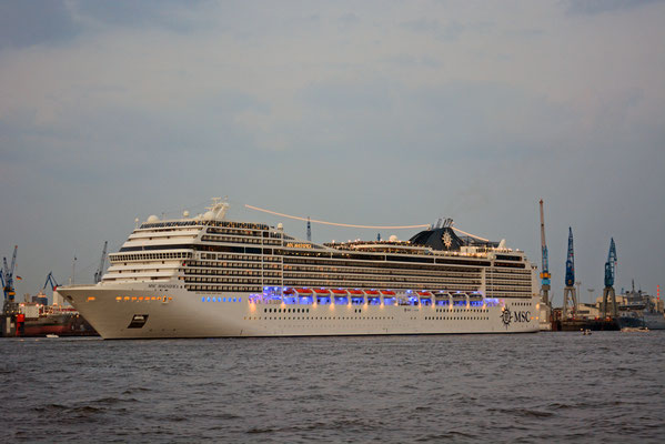 MSC MAGNIFICA zum 829.Hamburger Hafengeburtstag 2018