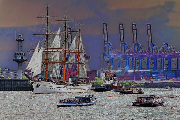 GORCH FOCK zur Einlaufparade beim 826.Hamburger Hafengeburtstag am 08.05.2015