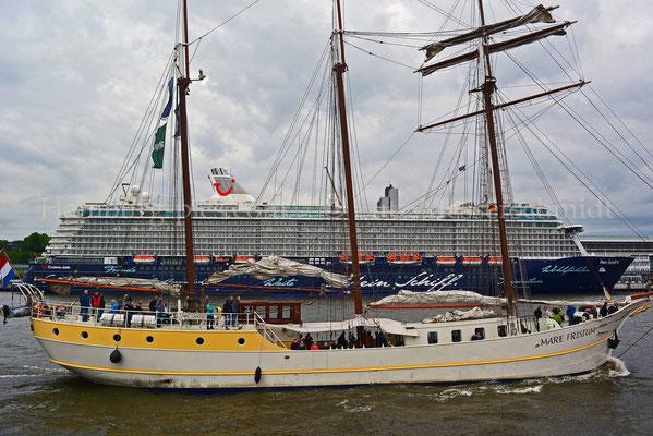 Kreuzfahrtschiffe - 64