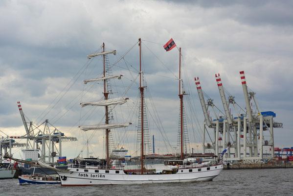 loth lorien beim 824.Hamburger Hafengeburtstag am 10.05.2013