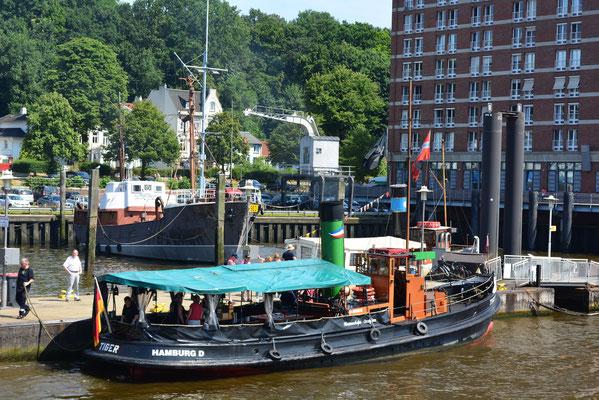 TIGER im Museumshafen Övelgönne am 27.07.2013