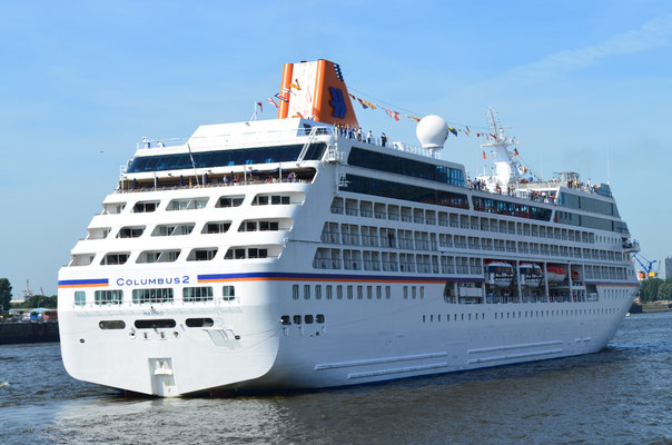 MS COLUMBUS 2 zu den Hamburg Cruse Days am 18.08.2012