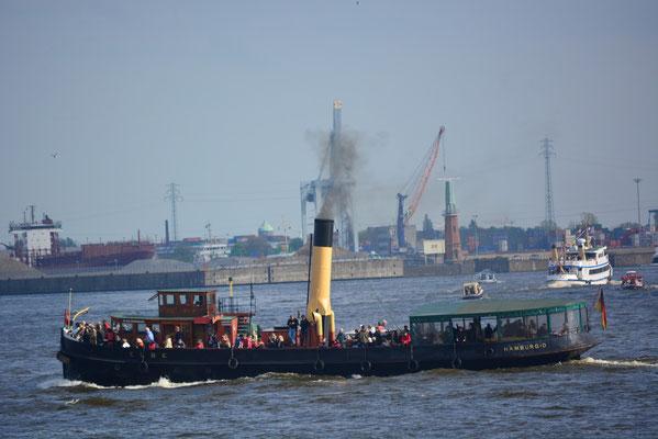 ELBE bei der Einlaufparade zum 824.Hamburger Hafengeburtstag am 09.05.2013