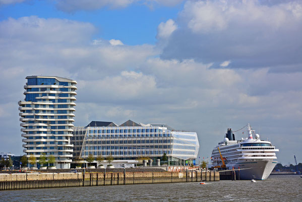 CRYSTAL SYMPHONY am HCC HafenCity am 27.09.2014