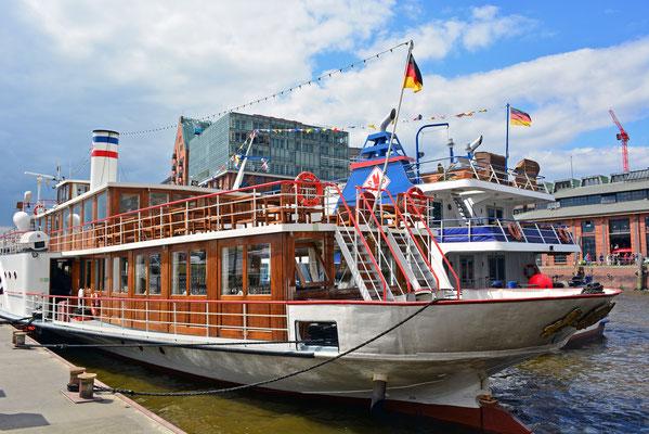 FREYA zum 824.Hamburger Hafengeburtstag 2013
