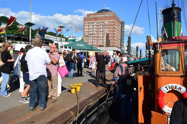 TIGER zum Hafenfest im Museumshafen Övelgönne am 24.08.2013