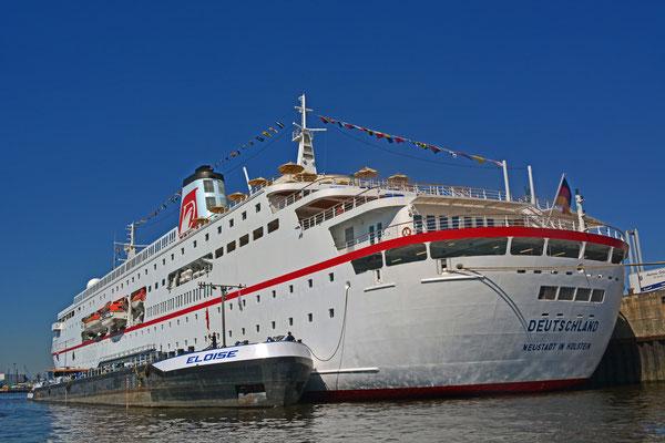 MS DEUTSCHLAND am HCC Hafencity am 23.07.2013