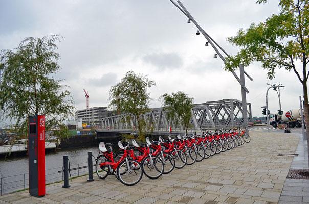 An der Baakenbrücke