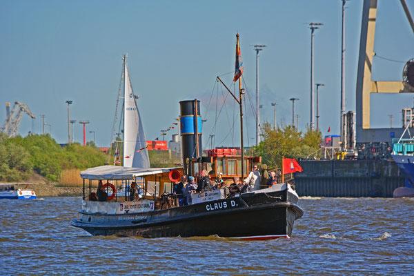 CLAUS D. zur Auslaufparade beim 826.Hamburger Hafengeburtstag am 10.05.2015