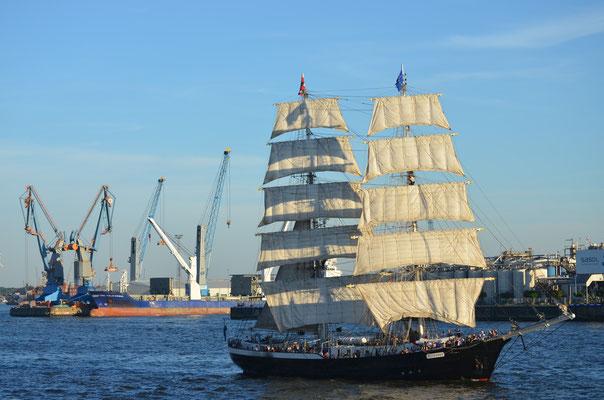 Mercedes zu den Hamburg Cruise Days am 18.08.2012