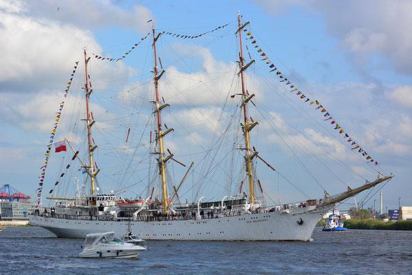 DAR MLODZIEZY (Dreimast-Vollschiff,Polen)