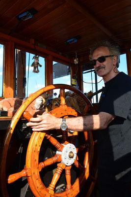 TIGER-Kapitän Günther zum Hafenfest im Museumshafen Övelgönne am 24.08.2013