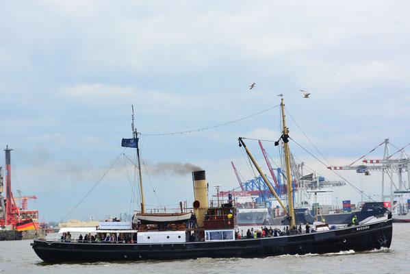 BUSSARD beim 824.Hamburger Hafengeburtstag am 10.05.2013