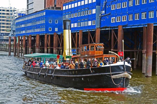 ELBE (Dampfeisbrecher) zum 823.Hamburger Hafengeburtstag 2012