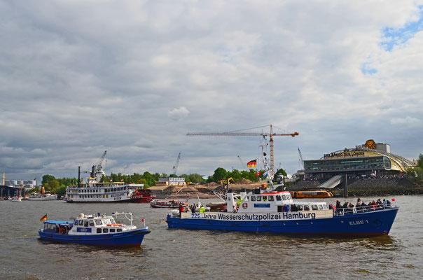 ELBE 1 zum 823.Hamburger Hafengeburtstag 2012