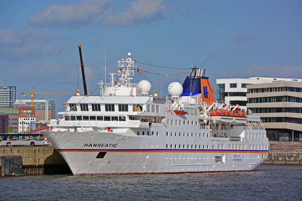 MS HANSEATIC am HCC HafenCity am 27.09.2014
