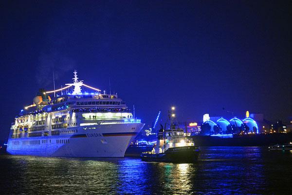 MS EUROPA den Hamburg Cruise Days am 12.09.2015