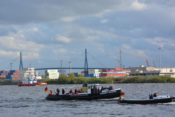 PRÄSIDENT SCHAEFER zur Auslaufparade beim 824.Hamburger Hafengeburtstag am 12.05.2013