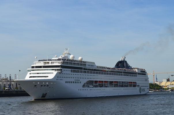 MSC LIRICA zu den Hamburg Cruise Days am 18.08.2012
