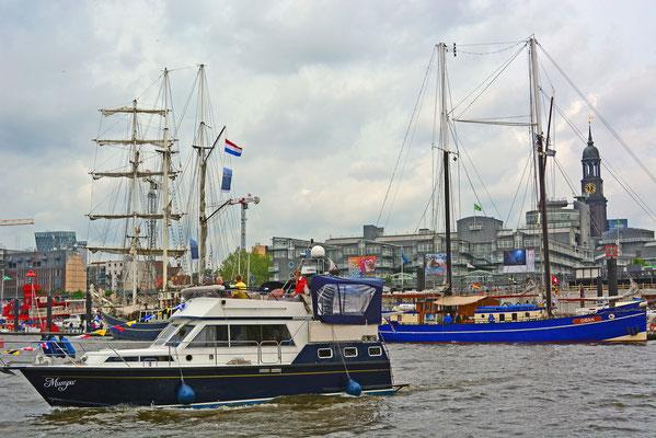 Yacht Mumpu