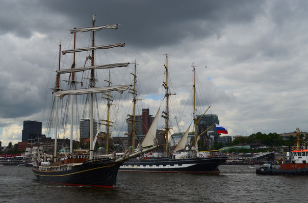 Gulden Leeuw zur Auslaufparade beim 823.Hamburger Hafengeburtstag am 13.05.2012