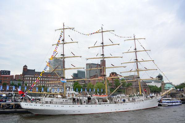 DAR MLODZIEZY (Dreimast-Vollschiff/Polen,Schulschiff)
