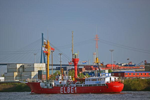 ELBE 1 (Feuerschiff) zum 824.Hamburger Hafengeburtstag 2013