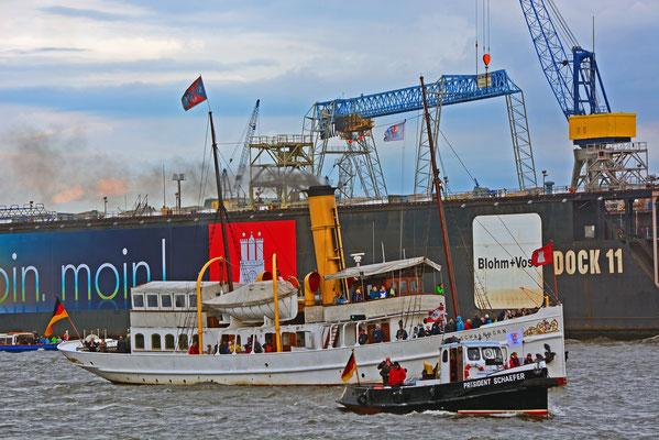 SCHAARHÖRN u. PRÄSIDENT SCHAEFER zur Parade Hamburger Traditionsschiffe am 23.08.2014
