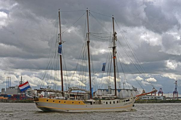 MARE FRISIUM zum 823.Hamburger Hafengeburtstag 2012