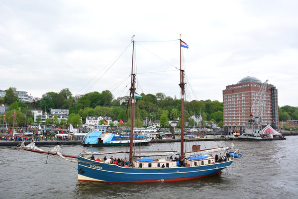 LUCIANA (Zweimast-Gaffelschoner/Niederlande)