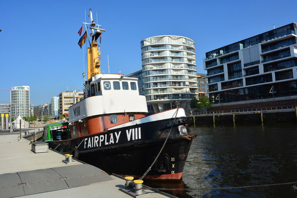 FAIRPLAY VIII im Traditionsschiffhafen der HafenCity am 25.07.2013