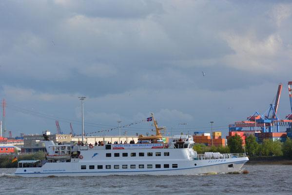 Fahrgastschiff FLIPPER
