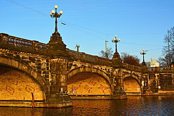 Lombardsbrücke über die Alster