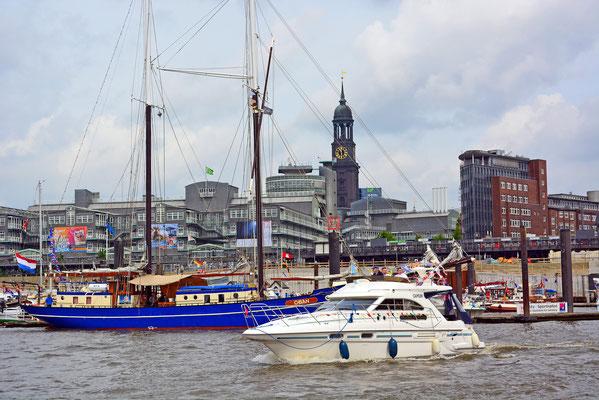 Yacht SAMUN