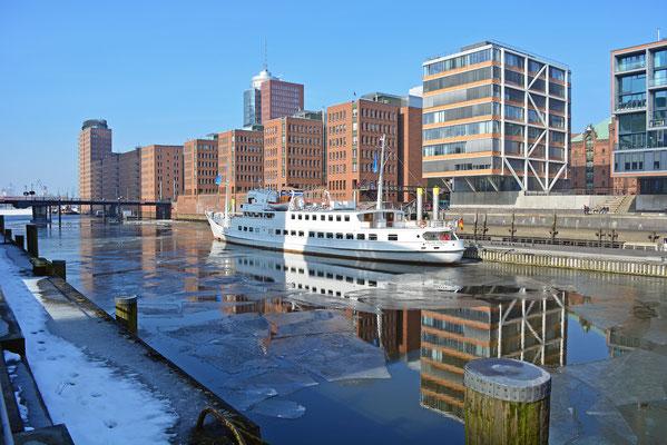 Winter im Traditionsschiffhafen der HafenCity