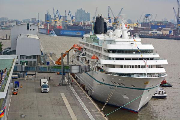 AMADEA am HCC Altona zu den Hamburg Cruise Days am 12.09.2015