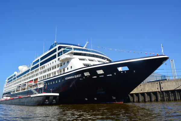 AZAMARA QUEST (CLUB CRUISES) am HCC HafenCity am 23.07.2013