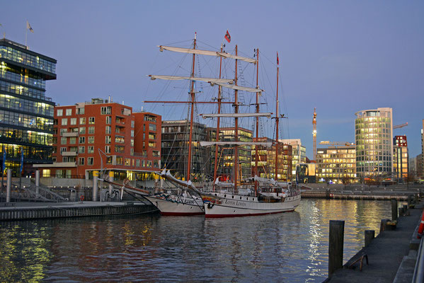 Traditionsschiffhafen der HafenCity
